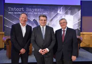 Thorsten Otto, Bayerns Justizminister Prof. Dr. Winfried Bausback und Prof. Dr. Wolfgang Eisenmenger (v.l.).